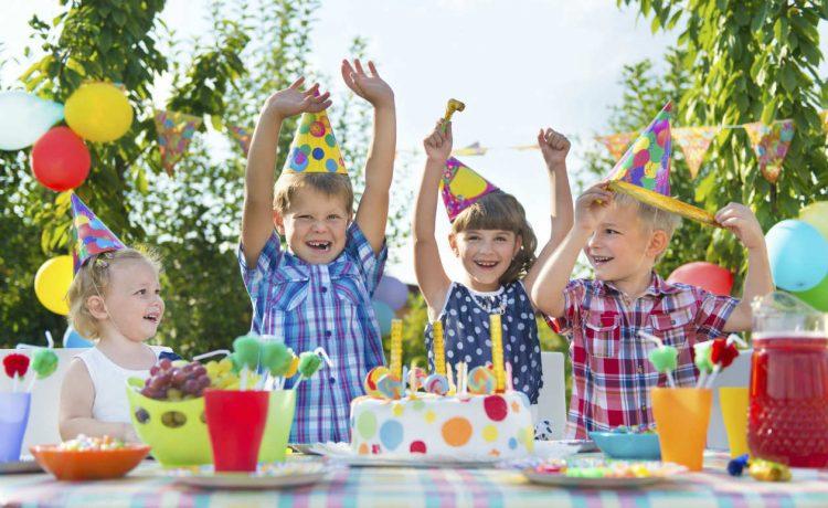 Fête d'anniversaire, les avantages de l'organiser à la maison