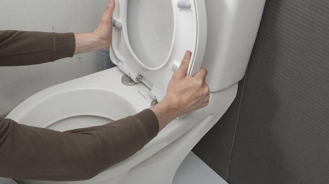 abattant d'un WC